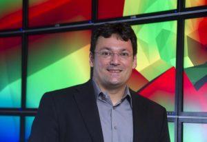 Headshot of Claudio Silva