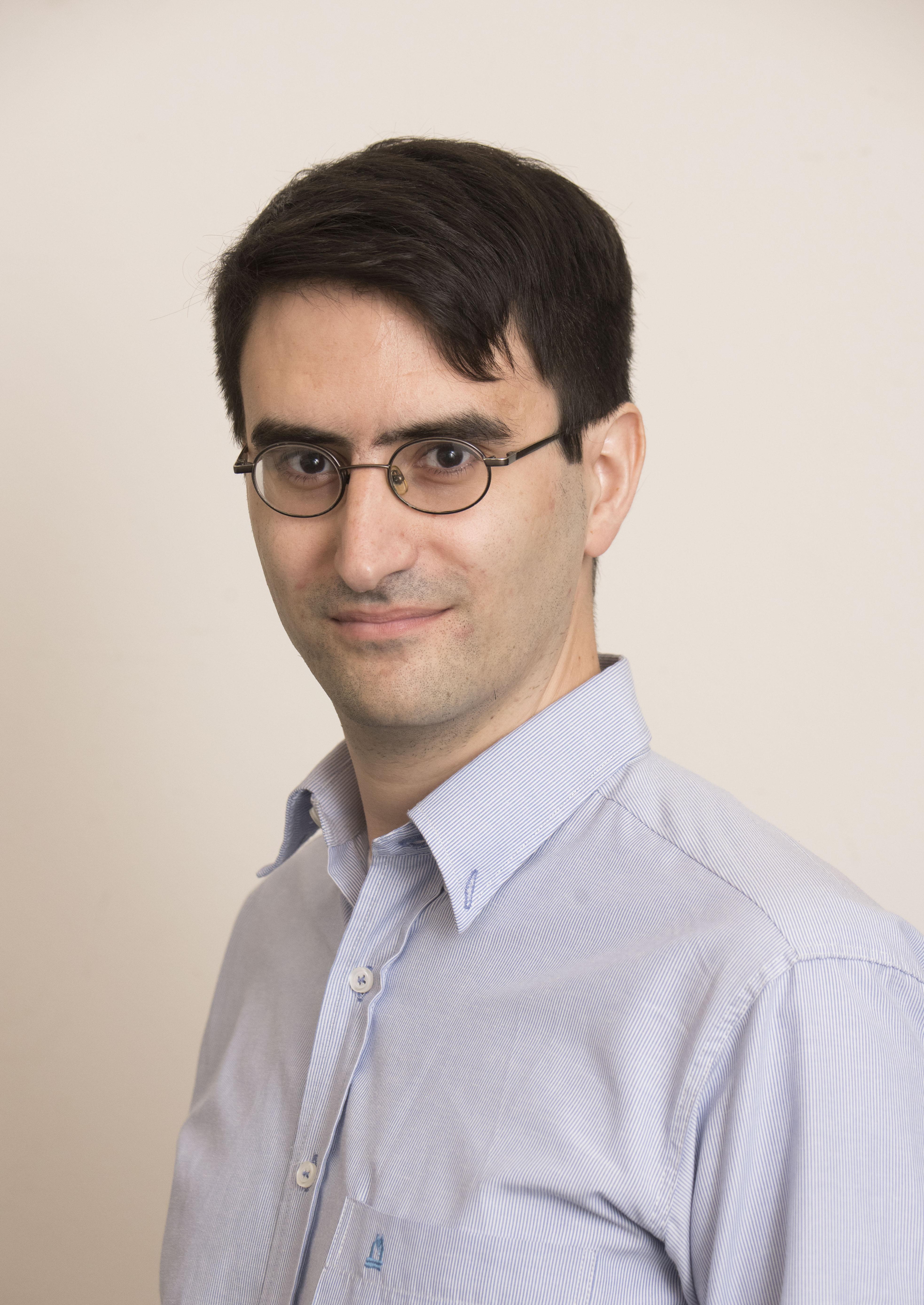 Headshot of Julian Ignacio Ferreiro