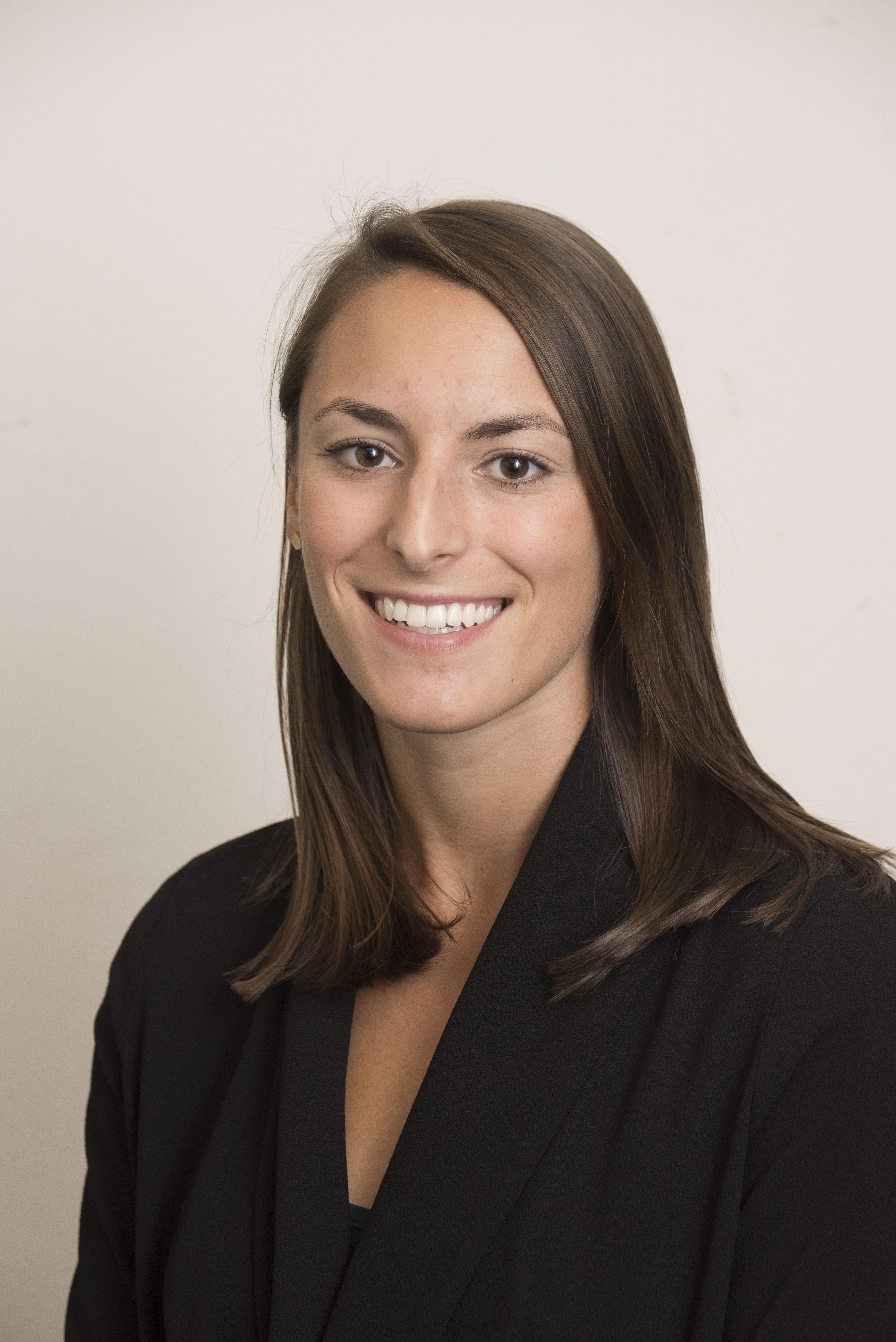 Headshot of Sarah Schoengold